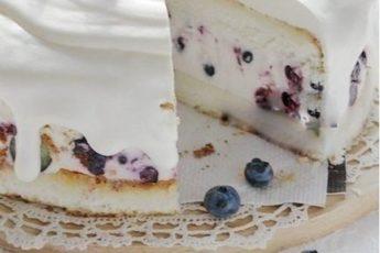 Готовлю по этому рецепту творожный торт суфле несколько лет и всегда получается-объедение!