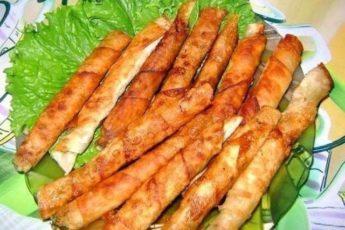 Как приготовить такие вкусные закусочные рулетики из армянского лаваша я узнала недавно