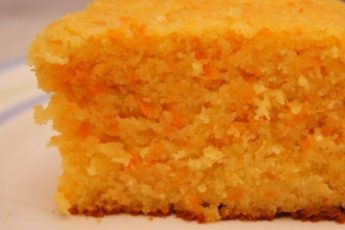 Манка и морковка...не думала, что получится НАСТОЛЬКО вкусно! Даже соседка попросила рецепт😃 запах стоял на весь дом просто потрясающий!! А на вкус волшебство...