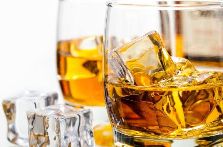 10-faktov-o-viski-kotorye-dokazyvayut-chto-etot-alkogol-nyy-napitok-polezen-dlya-zdorov-ya-1-2387685