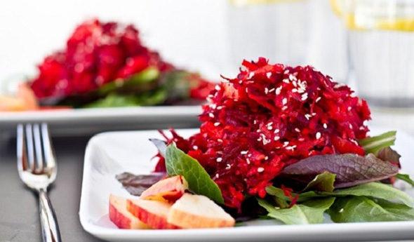 2-super-recepta-salatov-iz-svekly-dlya-figury-1-3300350