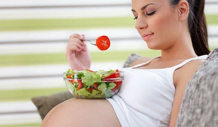 dieta-vo-vremya-beremennosti-kak-organizovat-zdorovoe-pitanie-vo-vremya-beremennosti-1-6290876