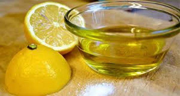 sozhmite-1-limon-smeshayte-s-1-stolovoy-lozhkoy-olivkovogo-masla-i-ispol-zuyte-etu-smes-vsyu-ostavshuyusya-zhizn-1-7204577